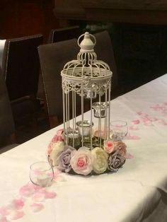 Simple birdcage with tealights