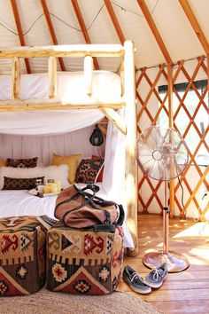 Have you ever been glamping? Here are 5 of our must-have items for your next glamping trip!