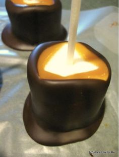 Marshmallows dipped in caramel, left to harden, and dunked in chocolate (all on a stick) - Forget cake pops!! I might have already pinned this once, but it's worth pinning multiple times!
