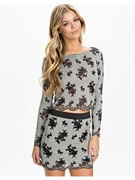 Scallop Lace Set - Have it! Scalloped Lace, Stuff To Buy