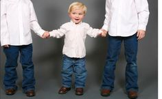 Birth Order: How it Affects Your Kids & Your Parenting Birth Order, Lifestyle Articles, Family Matters, Play Therapy, Teaching Tips, Counseling, Kid Stuff, Psychology, Parenting