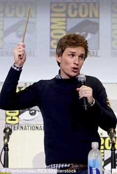 Making magic: The auditorium of fans roared as the waved the wand around British Boys, British Actors, Street Magic, Hufflepuff Pride, Eddie Redmayne, Fantastic Beasts And Where, Destiel, Best Actor, What Is Love
