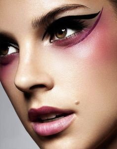 Black and plum eyeliner