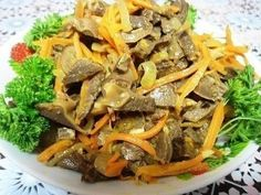 Salad of chicken gizzards 500 gr.) With lavr.listom, mushrooms and fry them with Chicken Gizzards, Chicken Salad, Japchae, Fries, Stuffed Mushrooms, Good Food, Cooking Recipes, Beef, Ethnic Recipes