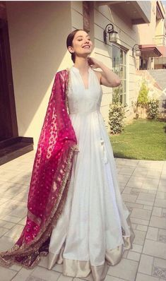 Indian designer outfits - Designer gown Get the outfit for Manufacturer rate call or WhatsApp at Reposted Via @ ethnic world Lehenga Designs, Kurti Designs Party Wear, Anarkali Dress, Pakistani Dresses, Indian Dresses, White Anarkali, Anarkali Suits, Simple Anarkali, Bollywood Dress