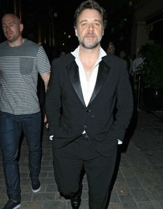 Russell Crowe partying it up at Cirque Du Soir 24/05/12!