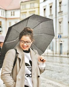 Adidas sweatshirt plaid jacket winter outfit Prague
