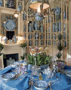 Beautiful blue decor with a blue table and blue and white ceramics. At the Emperor's Table - Features - Valentino Garavani Museum Blue And White China, Blue China, China China, Blue Rooms, White Rooms, Blue Christmas Decor, Christmas Tables, Holiday Tables, Beautiful Table Settings