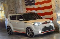 Philadelphia: Maybe a standard Kia Soul isn't good enough for you. Maybe you want to step up your game a bit. Look no further - coming in Kia Motors America will release the Kia Soul Nissan Juke, Kia Soul 2015, Panda, Used Car Prices, Car Guide, Kia Motors, Kelley Blue, Blue Books, Latest Cars