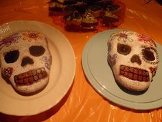 Pretty skull birthday cake... make these into cupcakes for the coolest Halloween party treat