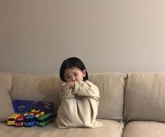 Cute Baby Meme, Cute Baby Couple, Cute Baby Girl Pictures, Cute Funny Babies, Cute Asian Babies, Cute Baby Videos, Baby Memes, Korean Babies, Asian Kids