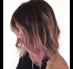 Hint of Fuchsia ombre hair J'aime la couleur, cheveux mi-long/court Brown Ombre Hair, Ombre Hair Color, Pastel Ombre Hair, Brown Hair With Pink Highlights, Subtle Hair Color, Brown Hair Pink Tips, Fun Hair Color, Pale Pink Hair, Pastel Highlights