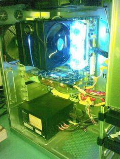 Bro Edo, Spek : AMD Phenom II x6 1055T | Gigabyte GA-880G-UD3H | Kingston 4GB DDR3 | HIS HD5770 iCeQ5 Turbo | Seasonic 520W Modullar | Seagate 500GB + WDC Green 500GB | Cooler Master V6GT | Cooler Master HAF 922
