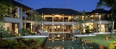 Stunning Retreat With Unique Balinese Architecture