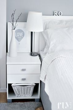 Crisp white bedding makes you think of a beautiful nights sleep Airy Bedroom, Bedroom Wall Colors, White Bedroom, Master Bedrooms, My Home Design, House Design, White Bedding, Dresser As Nightstand, How To Make Bed