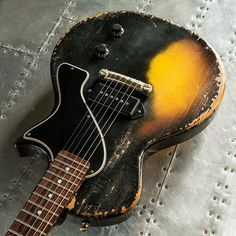 Vintage Guitars are pretty much our specialty. With many of the extremely expert old-fashioned guitar professionals within the commercial. Used Guitars, Les Paul Guitars, Guitars For Sale, Gibson Guitars, Cheap Electric Guitar, Beginner Electric Guitar, Cool Electric Guitars, Black Acoustic Guitar, Acoustic Guitars