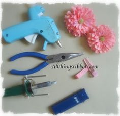 DIY Flower Clip #DIY #Hair #Clips #Flowers #Accessories #HairClips