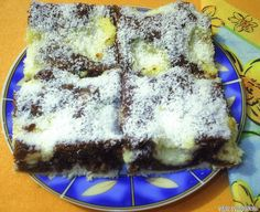 Kakaový zákusok s kokosovým pudingom - Receptik. My Recipes, Cooking Recipes, Favorite Recipes, Sweet Cookies, Sweet Treats, Hungarian Recipes, Recipes From Heaven, Sweet Desserts, Food And Drink