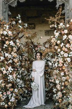 rust wedding color flower backdrop decor with mustard roses #wedding #weddings #weddingcolors #dpf #fallwedding #rusticweddings