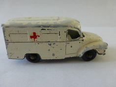 Lomas Ambulance, Lesney - http://www.matchbox-lesney.com/37335