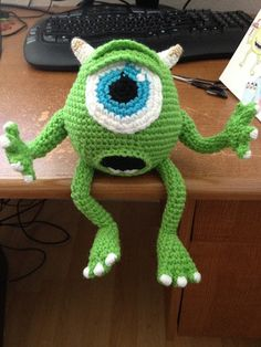 Thursday Handmade Love Week 65 Theme: Monsters Includes links to #free #crochet patterns Mike Wazowski PATTERN via Etsy