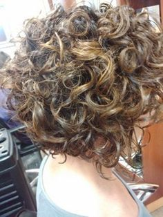 curly stacked bob | Rebecca For Hair