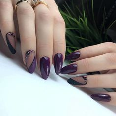 39 Pretty Nail Art Designs To Inspire You - Page 33 of 39 - TipSilo Homecoming Nails, Prom Nails, Colour Tip Nails, Nail Colors, Cute Spring Nails, Different Color Nails, Red Nail Designs, Cat Nails, Formal Nails