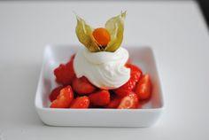 Jordbær med mascarponekrem (martheborge)