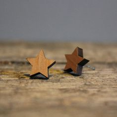 Star Wooden Stud Earrings  Lasercut Christmas by helenacarrington