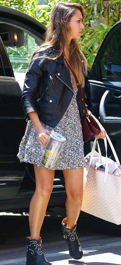 Celebrities Style – Jessica Alba – Consigue el look!