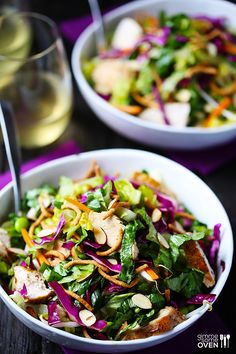 Lighter Chinese Chicken Salad - made restaurant-style, but without all of the usual restaurant calories! | gimmesomeoven.com #healthy