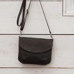 お買い物や旅行におすすめ!シンプルなふたつきポシェットの作り方(バッグ) | ぬくもり