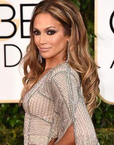 Les dejo los peinados que utilizaron las celebres en los Golden Globe!!   si se fijan la mayoría muy relajado.