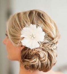 30 Elegantly Beautiful Wedding Hairstyles