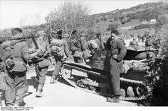 Mercredi 29 Novembre 1944 : L'Albanie est libérée par les Alliés.  Wednesday November 29th, 1944 : Albania is Liberated by the Allies.  Photo d'illustration