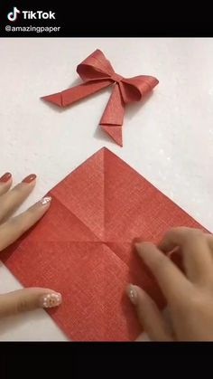 Quilling Paper Craft, Easy Paper Crafts, Paper Crafts Origami, Diy Crafts For Gifts, Origami Paper, Origami Videos, Ideas, Simple Paper Crafts, Paper Crafts For Kids