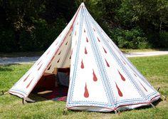 Тенты и шатры, внутри и снаружи.