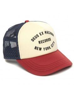 DEUS Kappe Trucker NYCITY - red navy