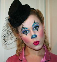 Clown make-up made easy - funny ideas and instructions-Clown schminken leicht gemacht – lustige Ideen und Anleitung clown make up eye shadow blue purple lipstick black hat - Clown Face Makeup, Clown Face Paint, Eye Makeup, Jester Makeup, Maquillage Sugar Skull, Karneval Diy, Female Clown, Clown Faces, Purple Lipstick