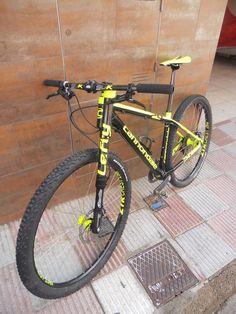 trovata su FB – discovered on FB Cannondale Bikes, Cannondale Lefty, Vtt Dirt, E Mountain Bike, Best Mtb, Hardtail Mtb, Mt Bike, Bike Style, Cycling Bikes