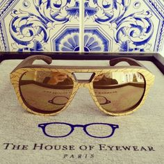 6297f7b7ee7bc7 Amazing Gold and Wood sunglasses for men decorated by Versailles  gilder  with true gold. Aren t they beautiful  - The House of Eyewear Paris ...