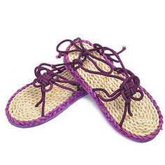 I want to try to make straw sandals at least once in my life.
