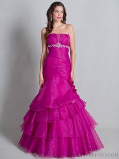 Trumpet / Mermaid Strapless Lace-up Tiered Quinceanera Dresses