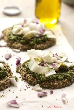 Pizza d'hiver crue (vegan) - graines, ail, huile d'olive