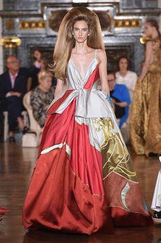 1ca8f83828 78 imágenes geniales de VALENTINO - Diseñador de moda Italiano en ...