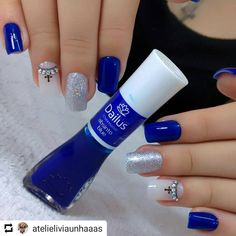 Image may contain: one or more people Cross Nail Art, Cross Nails, Hair And Nails, My Nails, Easter Nails, Manicure E Pedicure, Nail Tutorials, Blue Nails, Nail Arts