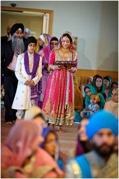 #knotsandhearts | Aminder & Jatinder | Calgary Sikh Wedding Photographers Wedding Rituals, Sikh Wedding, Wedding Gowns, Punjabi Bride, Punjabi Suits, Indian Clothes, Indian Outfits, Anarkali Bridal, Wedding Stuff