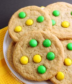 Chewy M&M Cookies – a delicious copycat of Mrs. Fields M&M Cookies; chewy in the center with an ever-so-slight crisp on the edges and topped with M&M's.