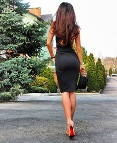 Black tight dress and nude pumps - Beauty in High Heels