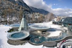 The Aqua Dome spa in Längenfeld offer of pure relaxation in the heart of the Ötztal Alps. The Aqua Dome spa in Längenfeld is a haven of relaxation Top Hotels, Hotels And Resorts, Spas, Thermal Hotel, Tirol Austria, Unusual Hotels, Exploration, Swimming Holes, Hot Springs